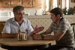 Jason Biggs, Eugene Levy (li.)