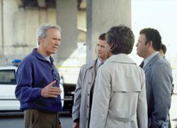 Clint Eastwood, Tina Lifford, Paul Rodriguez, Dylan Walsh