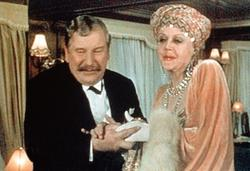 Peter Ustinov, Bette Davis