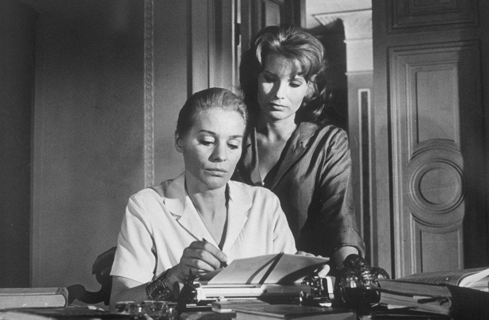 """Ingrid Thulin und Gunnel Lindblom (r.) in """"Das Schweigen"""" (imago/Everett Collection)"""