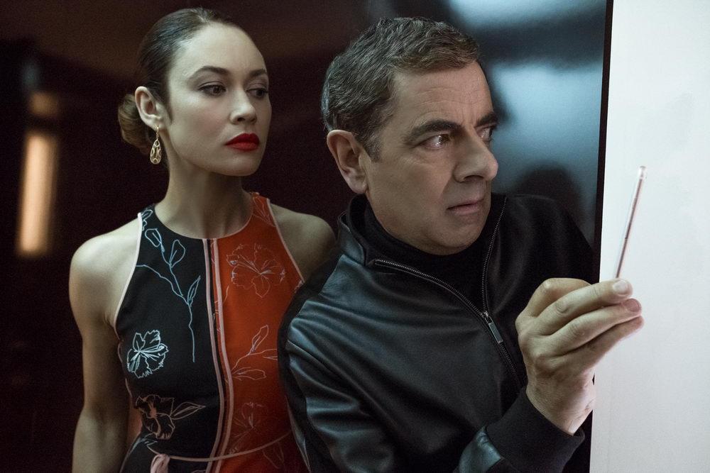 """Rowan """"Mr. Bean"""" Atkinson in der agentenfilm-Parodie """"Johnny English - Man lebt nur dreimal"""" (© UPI)"""
