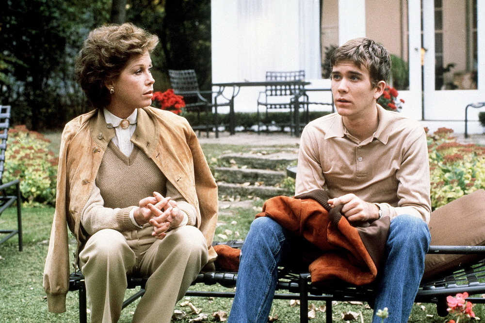 Mary Tyler Moore, Timothy Hutton