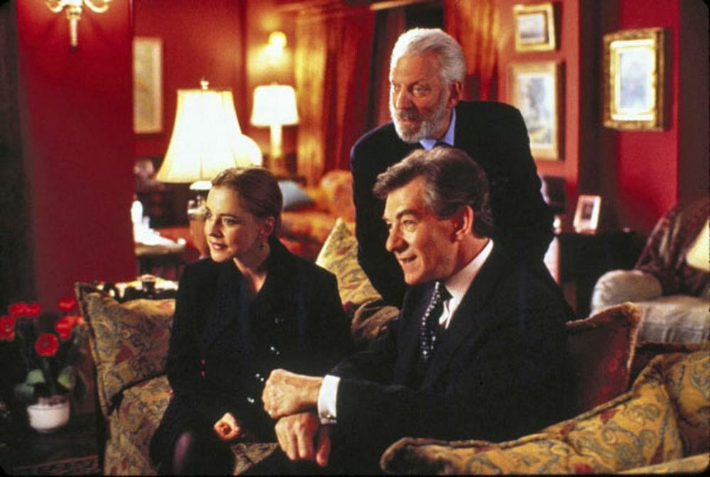 In geselliger Runde: Ouisa (Stockard Channing), Flan (Donald Sutherland) und Geoffrey (Ian McKellen)