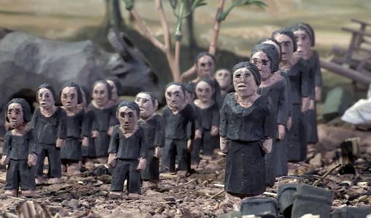 """Das Leid unter den Roten Khmer wird in """"Das fehlende Bild"""" mit Tonfiguren verdeutlicht."""