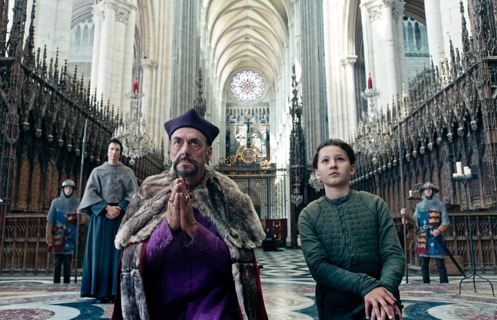 """Jeanne in den Fängen von Kirche und Politik in Teil 2 des """"Jeanne d'Arc""""-Projekts"""