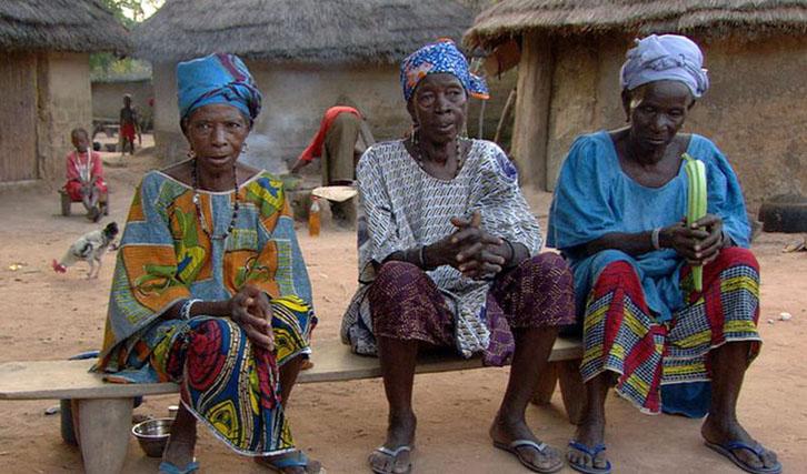 """""""Süßes Gift - Hilfe als Geschäft"""" (2012) zeigt den fatalen Irrtum der Entwicklungshilfe auf."""
