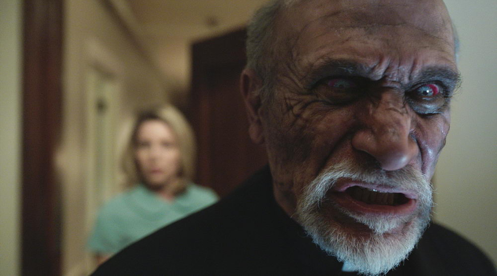 Annabelle Wallis, Tony Amendola