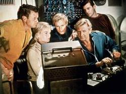 Lloyd Bridges, Shirley Eaton, Brian Kelly, David McCallum, Marshall Thompson