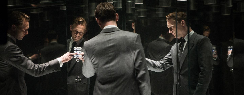 "Tom Hiddleston in ""High-Rise"" (©DCM)"