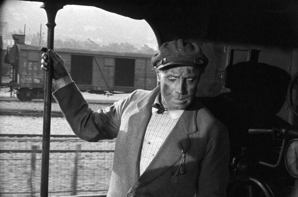 """Das Motiv der Eisenbahn liefert den Aufhänger für die """"Beschleunigungsmontage"""""""