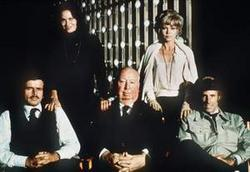 Karen Black, Bruce Dern, Barbara Harris, William Devane, Alfred Hitchcock