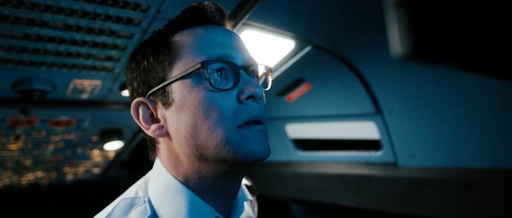 "Keine ""Larger than Life""-Heldenfigur: Gordon-Levitt als Copilot Tobias Ellis"