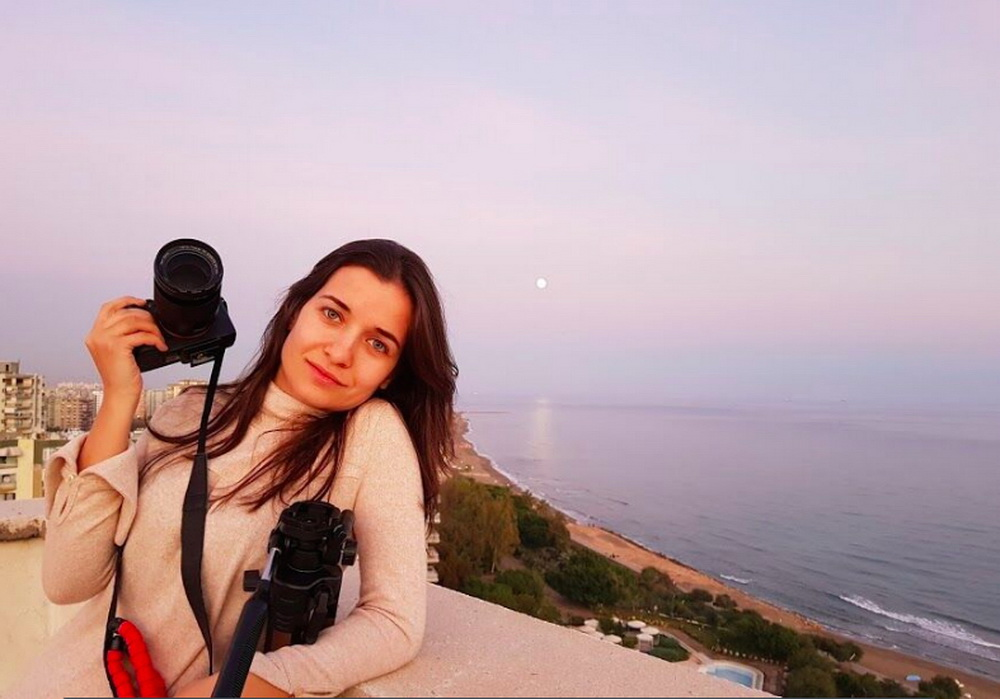 Preisträgerin Waad al-Kateab (© Filmperlen)