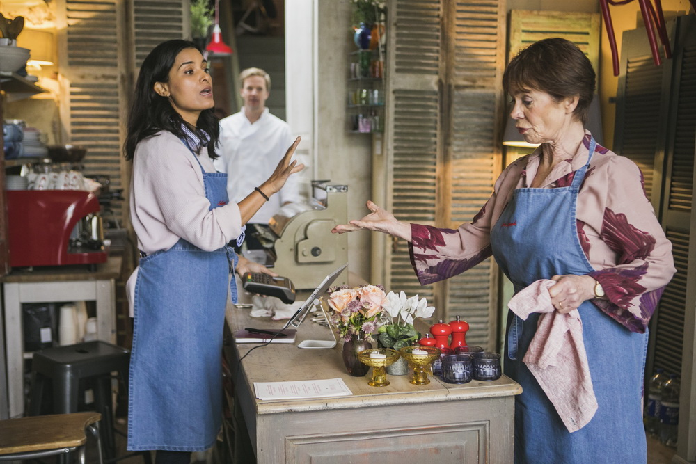 Shelley Conn, Celia Imrie