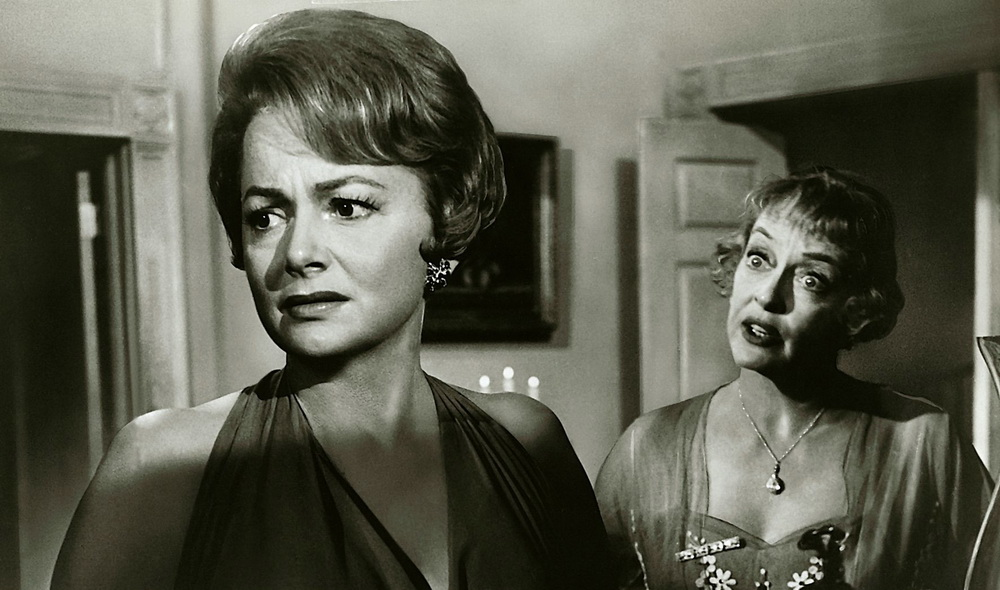 Olivia de Havilland, Bette Davis