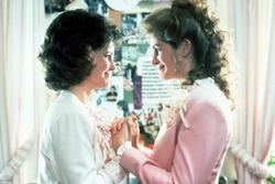 Sally Field, Julia Roberts