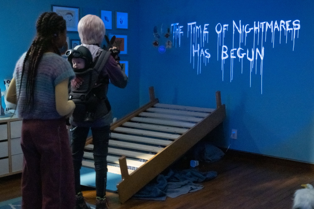"""""""A Babysitter's Guide to Monster Hunting"""" (© Justina Minz/Netflix)"""