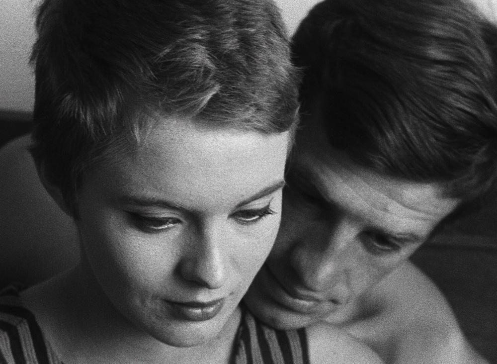 Der Umgang des Liebespaars bleibt einer der faszinierenden Aspekte des Films.
