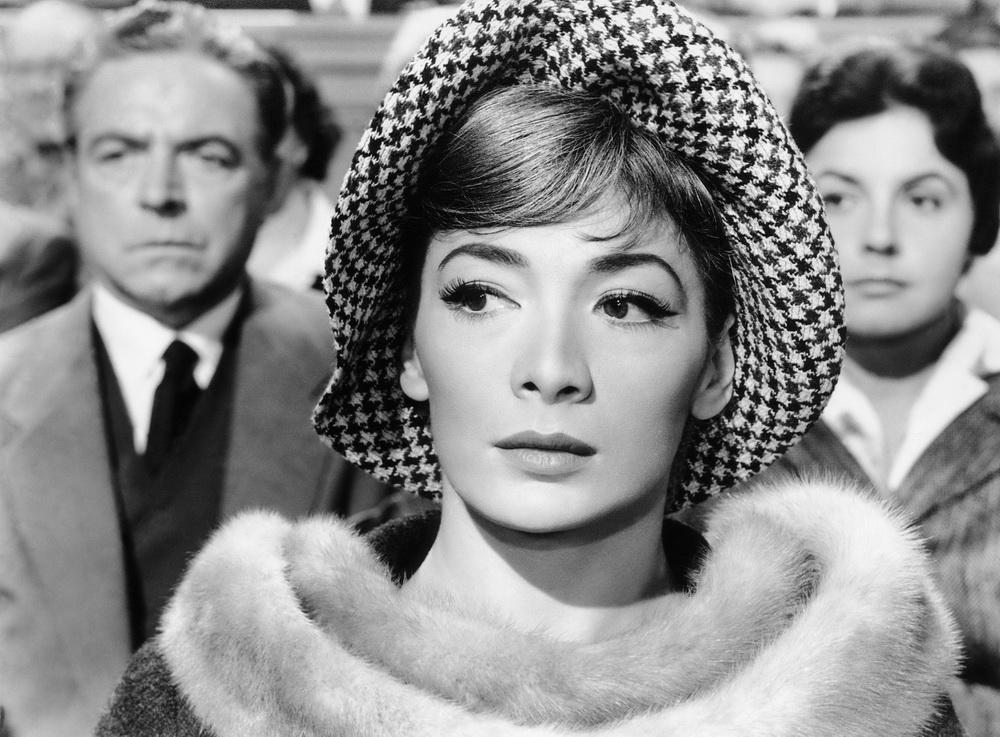 """Mehr als ein Gastspiel: Juliette Gréco in """"Drama im Spiegel"""" (imago/Everett Collection)"""