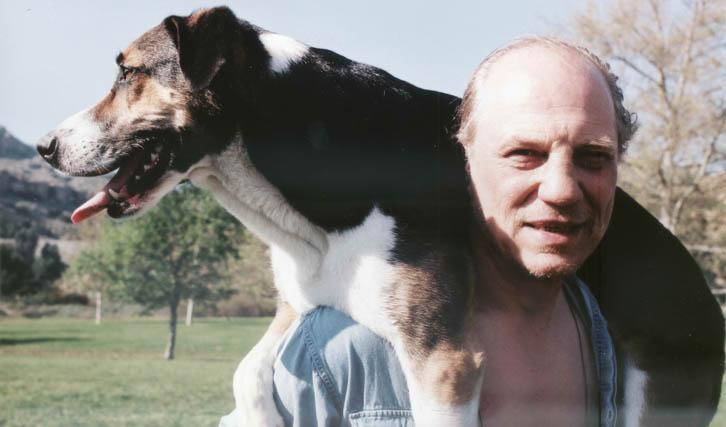 """Das Porträt eines schillernden Ex-Boxprofis: """"Der Boxprinz"""" (1999) von Gerd Kroske (© Real Fiction)"""
