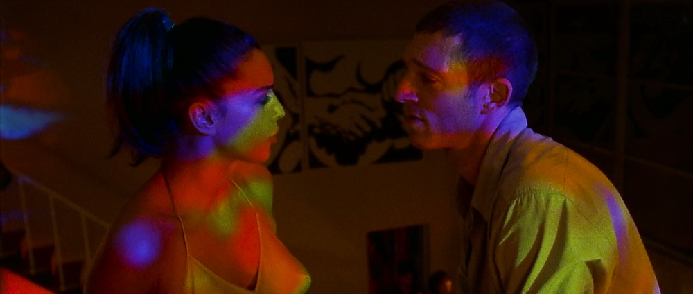 "Monica Bellucci & Vincent Cassel in ""Irreversibel"" (© StudioCanal)"