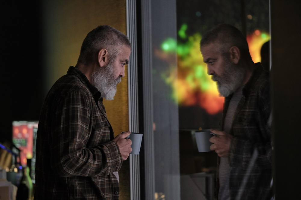 """George Clooney in """"The Midnight Sky"""" (Netflix)"""