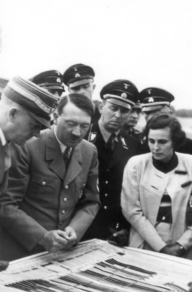 Tief ins NS-Regime verstrickt: Leni Riefenstahl (NARA/Heinrich Hoffmann)