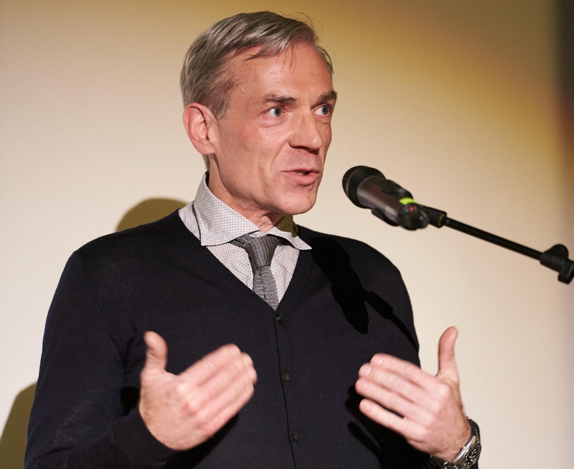 Der festivalleiter der kurzfilmtage Oberhausen, Lars Henrik Gass  (© Kurzfilmtage/Daniel Gasenzer)