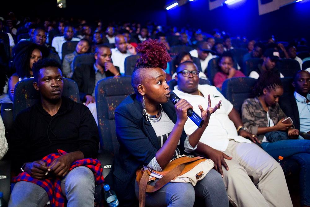 Publikum bei der Kino-Premiere einer Web-Serie des The Nest Collective in Nairobi, 2016 ( © The Nest Collective)