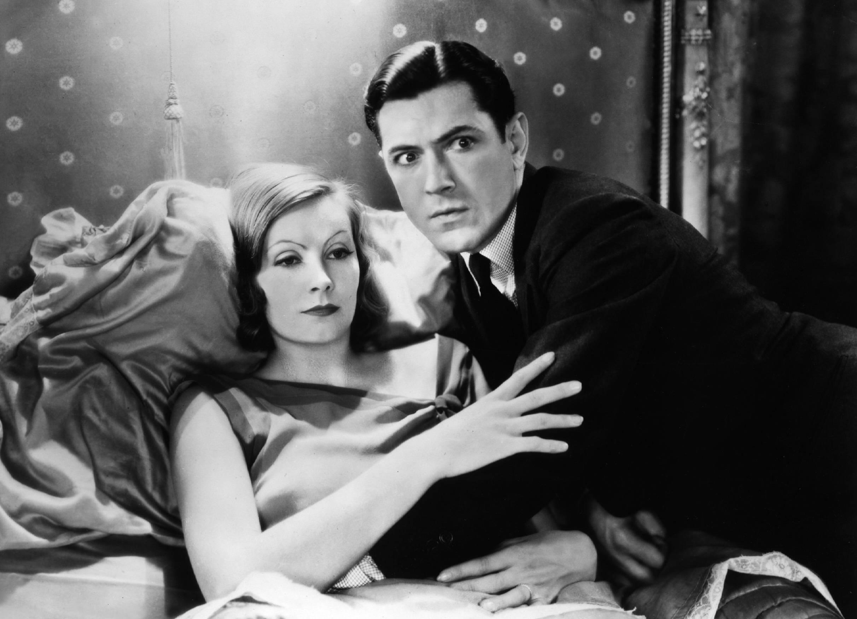 """Geteilte Gefühle hatte Viktor Klemperer angesichts von """"Die schamlose Frau"""" mit Greta Garbo und John Gilbert (© imago/United Archives)"""