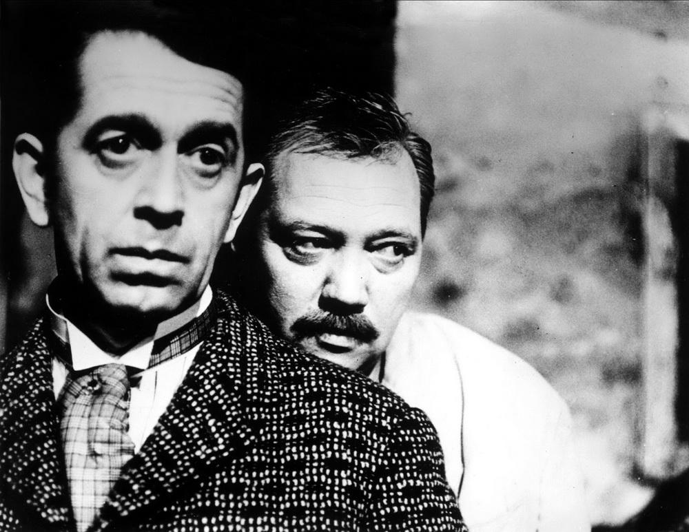 "Vlastimil Brodský mit Rudolf Hrusínsky in ""Ein launischer Sommer"" (© Imago images / Ronald Grant)"