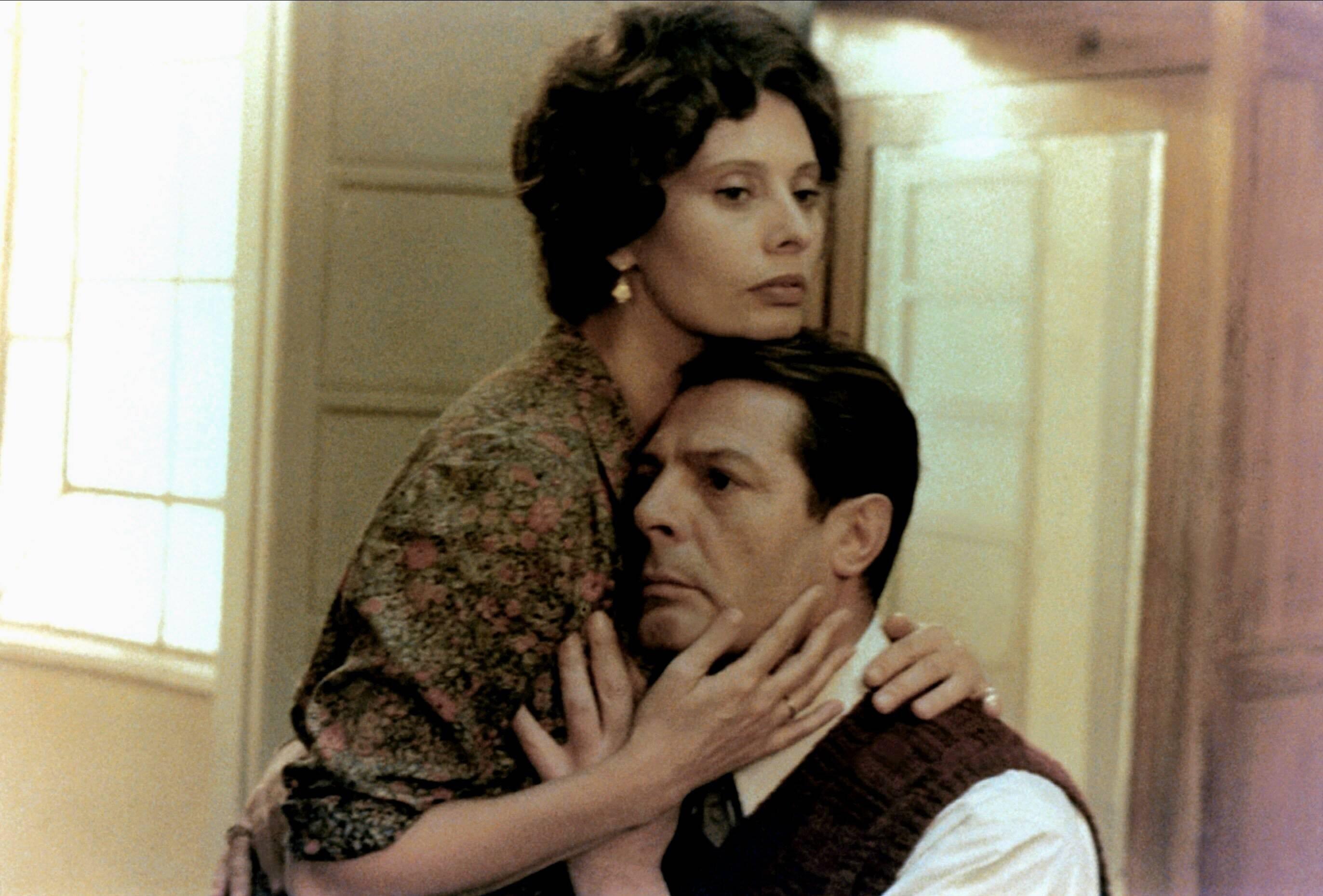Es ist anders: Sophia Loren und Marcello Mastroinanni (imago/Mary Evans)