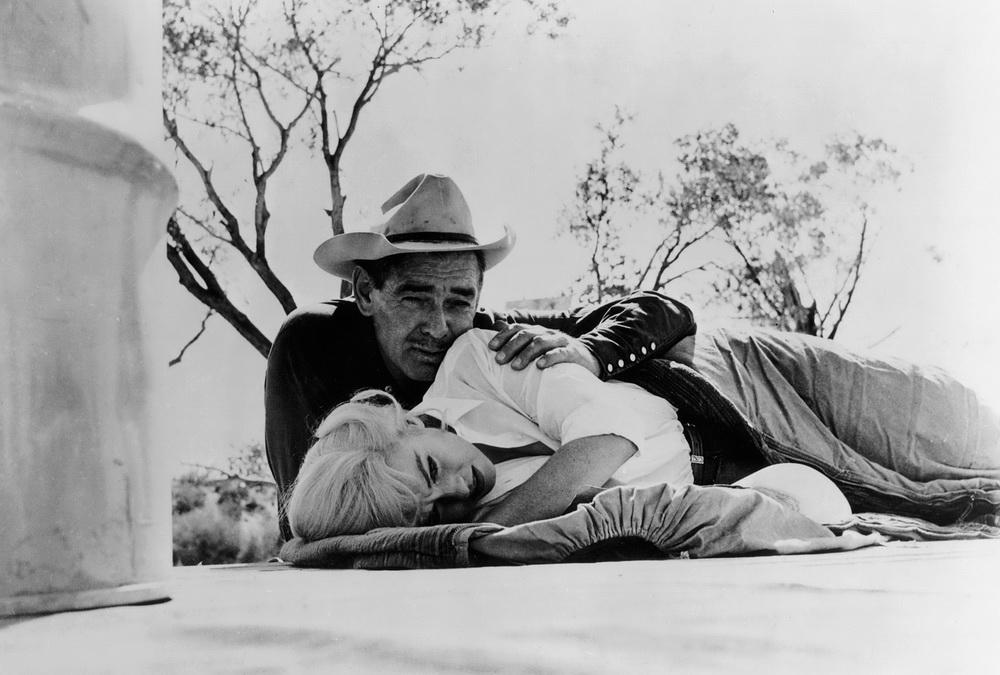 "Clark Gable und Marylin Monroe in ""Misfits - Nicht gesellschaftsfähig (imago/Cinema Publishers Collection)"