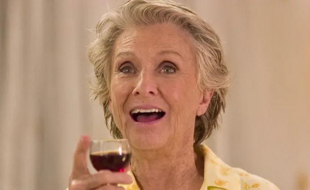 """Als unangepasste Mutter und Großmutter überzeugte Cloris Leachman 2004 in """"Spanglish"""" (© Sony)"""