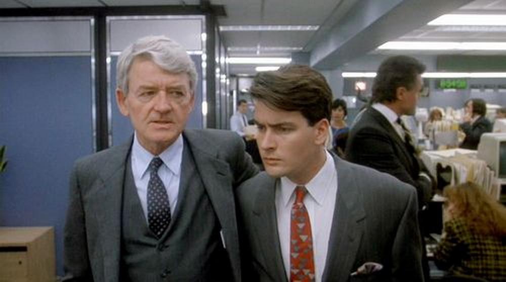 "Moralische Instanz im Börsengeschäft: Hal Holbrook in ""Wall Street"" mit Charlie Sheen (© Fox)"