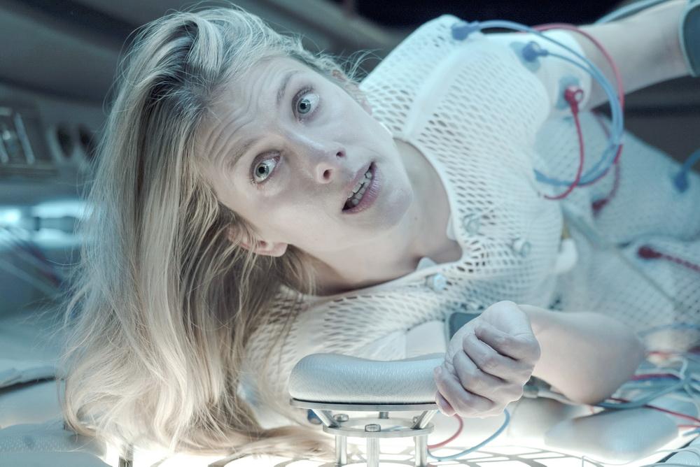 """Mélanie Laurent in """"Oxygen"""" (Netflix/Shanna Besson)"""