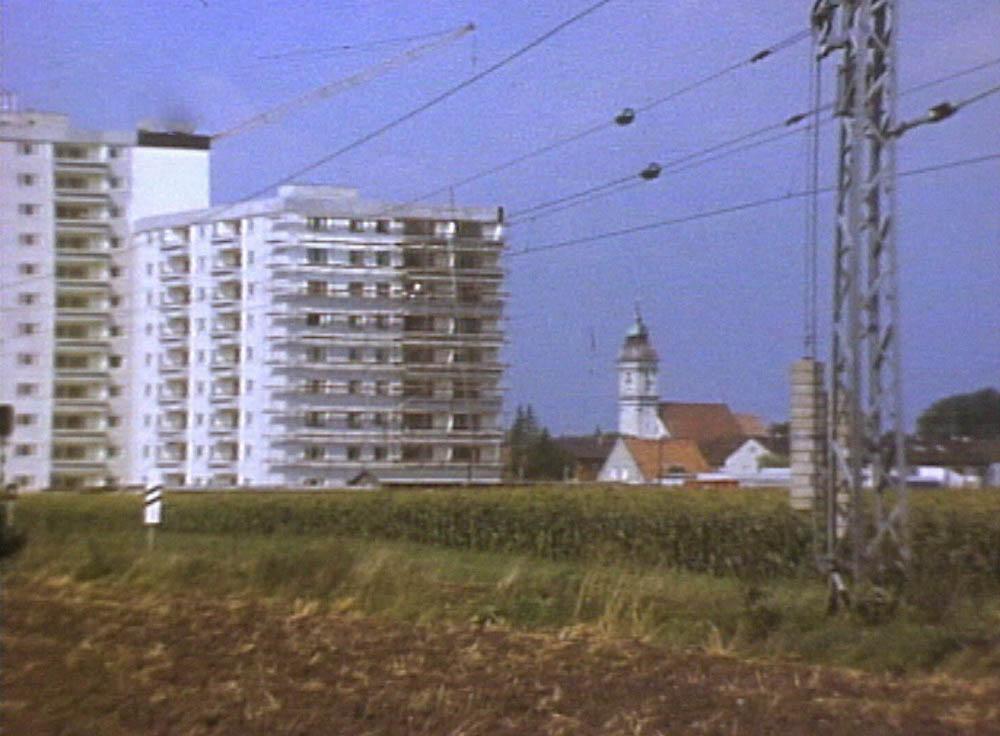 """""""Unser Dorf soll hässlich werden"""" (1975) (© BR)"""