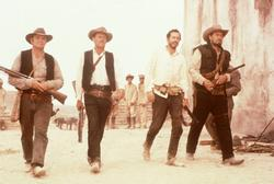 Ernest Borgnine, William Holden, Warren Oates, Ben Johnson