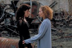 Emily Bergl, Amy Irving
