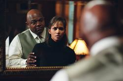 Halle Berry, Charles Dutton