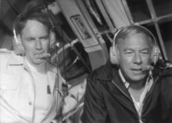 Charlton Heston, George Kennedy