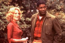 Julianne Moore, Dennis Haysbert