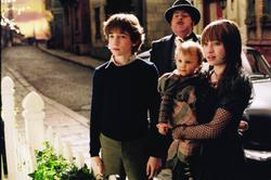 Emily Browning, Liam Aiken, Timothy Spall