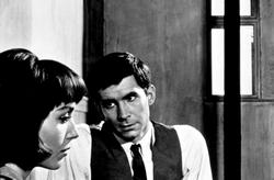 Anthony Perkins, Elsa Martinelli