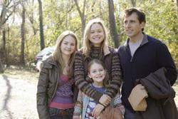 Steve Carell, Alison Pill, Brittany Robertson, Marlene Lawston