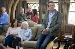 Sandra Bullock, Ryan Reynolds, Betty White