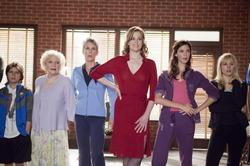 Kristen Bell, Jamie Lee Curtis, Sigourney Weaver, Odette Yustman, Betty White