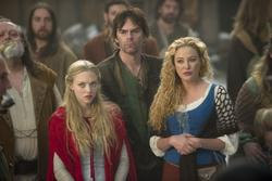 Amanda Seyfried, Billy Burke, Virginia Madsen