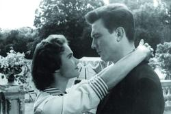 Laurence Harvey, Heather Sears