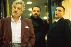 Dennis Farina, Vinnie Jones